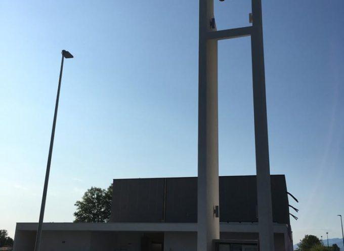 la Dedicazione della nuova chiesa del Varignano. Il complesso ricostruito torna al centro della vita del quartiere.