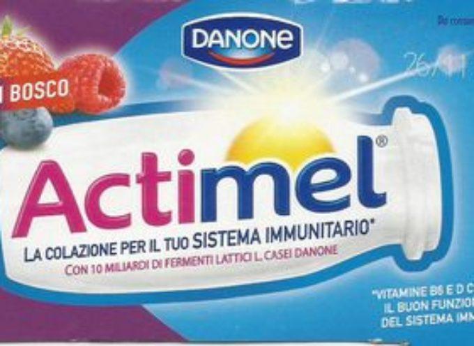 Pubblicità ingannevole: lo yogurt da solo non aumenta il calcio.