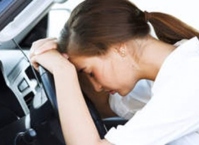Alcol al volante: basta un bicchiere per ritardare gli stimoli e le azioni volitive