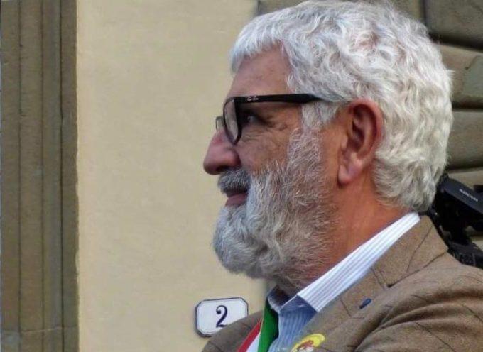 La carta costituzionale in dono ai giovani: il presidente del consiglio comunale Francesco Battistini rilancia l'iniziativa