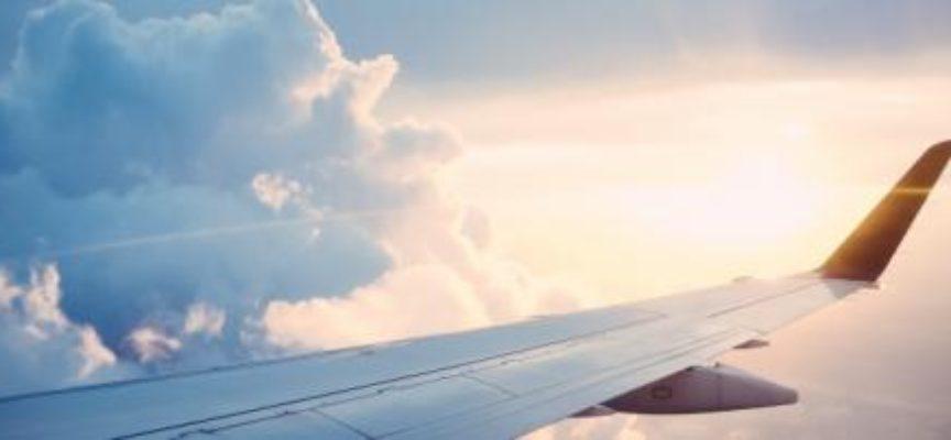 Boeing 737, ancora un'allerta: atterraggio d'emergenza per un aereo in Russia decollato da Milano.