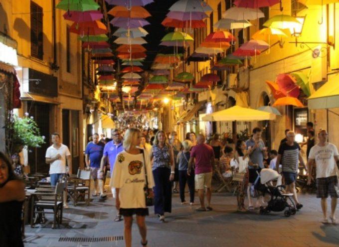 PIETRASANTA – saldi al via tra arte e shopping, tanti eventi per lancio