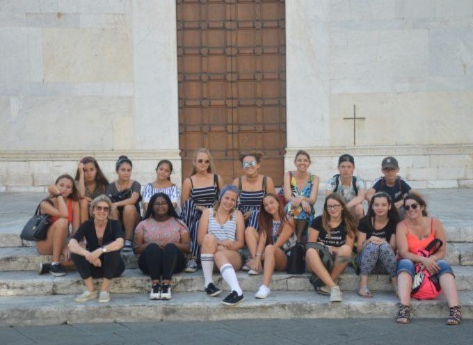 30 studenti da Germania e Belgio, vacanza studio a Pietrasanta tra scuola, mare e arte