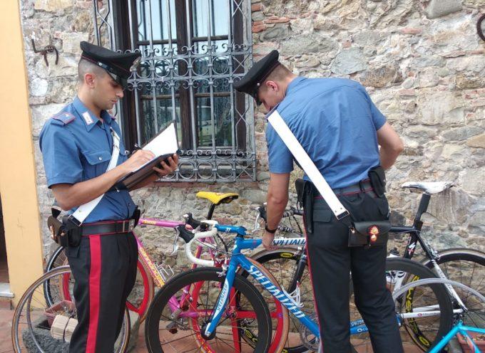 I carabinieri di Lucca hanno denunciato un 32enne di Livorno per ricettazione: di bici da corsa
