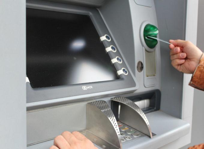 Prelievi bancomat agosto bloccati: le date a rischio