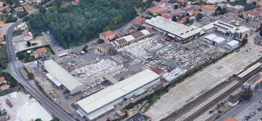 Urbanistica: primo via libera da parte del Consiglio Comunale al piano per potenziare le produzioni nello stabilimento Henraux di Querceta