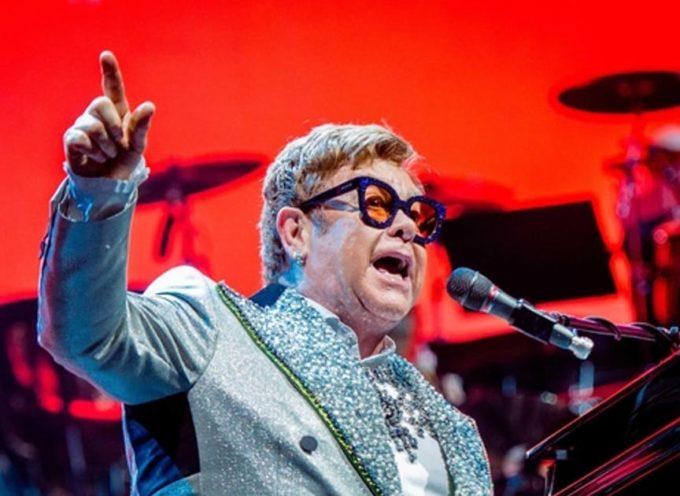 A Lucca Elton John si congeda da Italia. Ultimo concerto, nel 2019, del tour di addio alle scene
