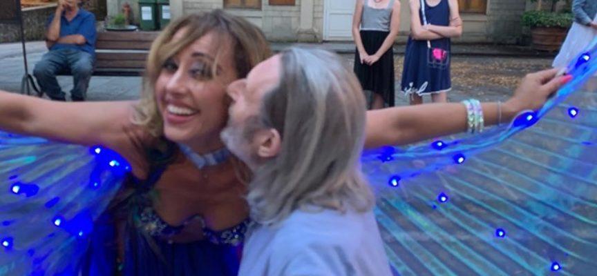 una bella serata a bagni di Lucca. Il ristorante del sonno ha ospitato la famosa danzatrice del ventre Martina Tellini.