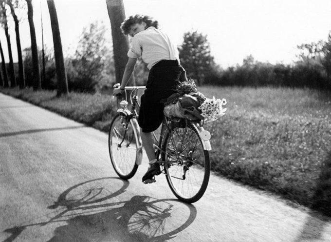 """""""C'è una vita da vivere, ci sono delle biciclette da inforcare"""","""