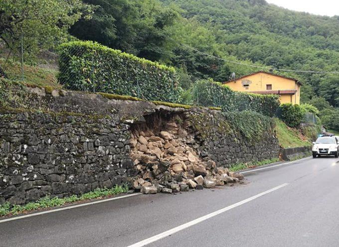 smottamento lungo la statale del Brennero, in località Ponte a Diana.