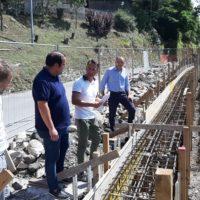 """In via di conclusione i lavori effettuati lungo la SR. 445 per consolidare un tratto viario in località """"Passo dei Carpinelli"""""""