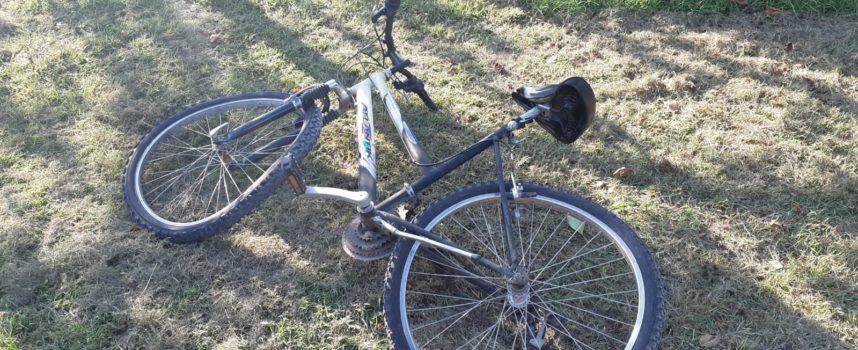 Grave giovane in bici contro auto, con pegaso a cisanello