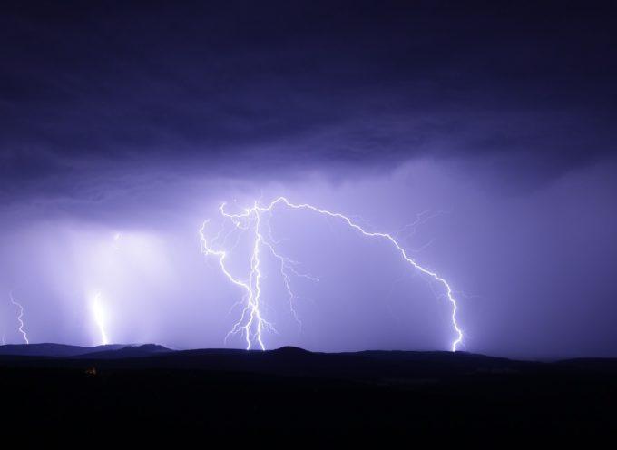 Maltempo: codice arancio per temporali forti nel sud della Toscana