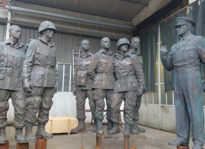 soldati monumentali Eisenhower Memorial in anteprima mondiale a Pietrasanta