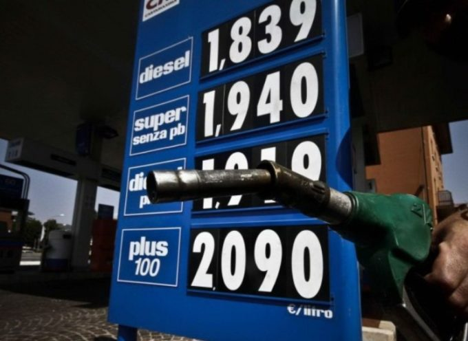 in Italia il DIESEL piu' caro d'Europa: quasi 1,50 euro a litro