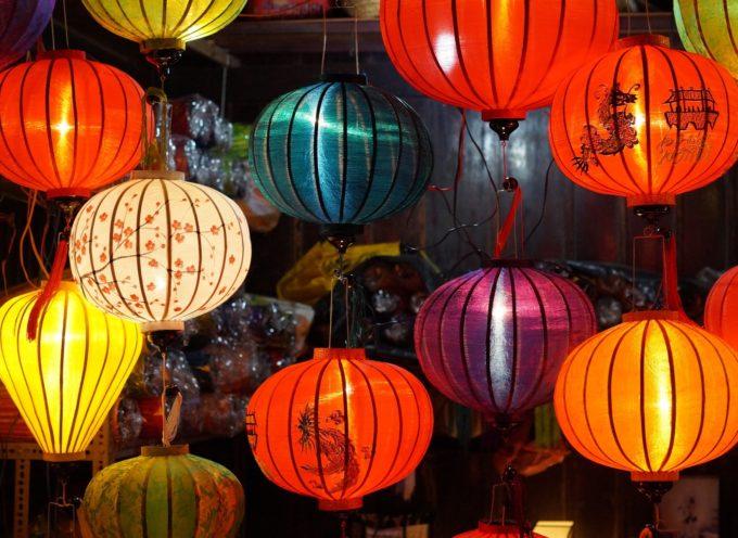 MASSAROSA – Ecco SpadaIlluminando, spettacolo di lampade cinesi