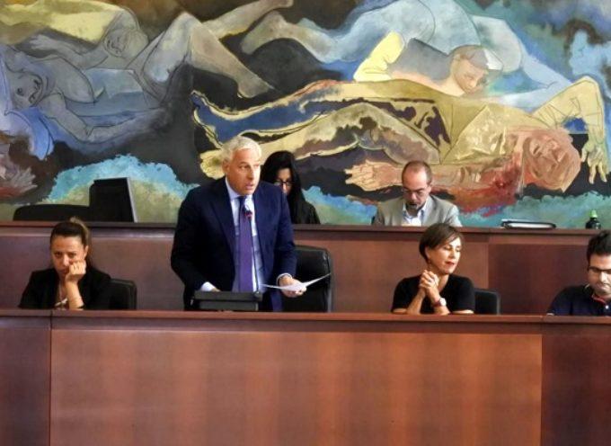 ZITTI E MOSCA – Le dimissioni, infatti, sono del 10 luglio. Oltre un mese fa.