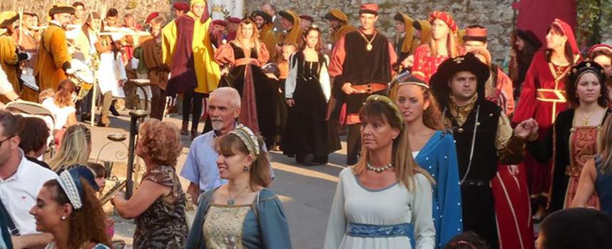 """A Nozzano """"Il Castello Rivive"""" torna la fiera medievale"""