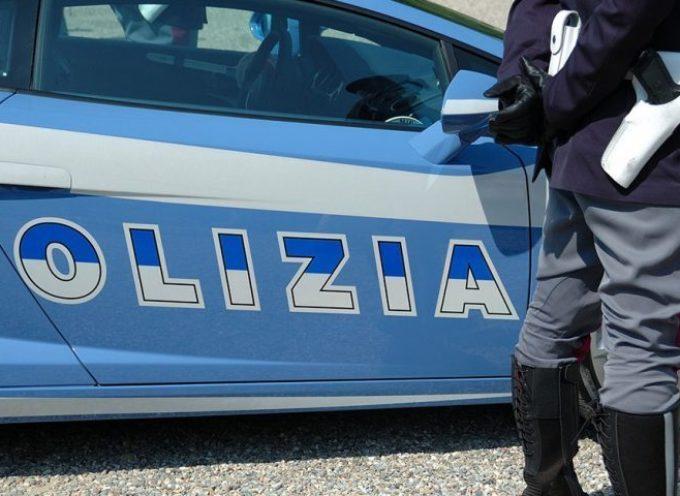 la Squadra Mobile, ha arrestato 3 marocchini che spacciavano cocaina e hashish nella boscaglia di Mutigliano