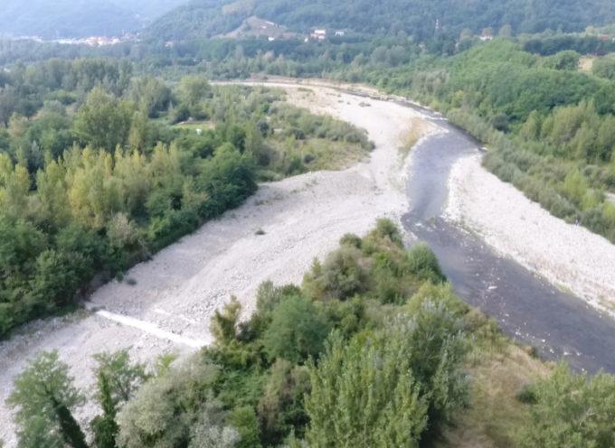 Torrente Corsonna devìa il corso del fiume Serchio; scatta l'allarme