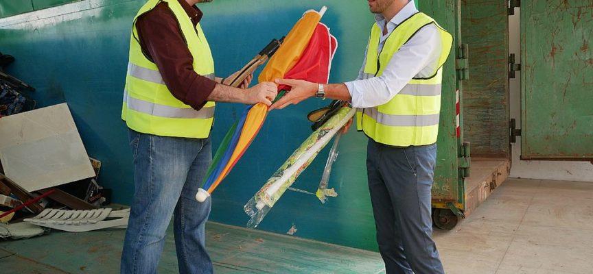 CAPANNORI – Gli oggetti da spiaggia e da montagna usurati possono essere conferiti alle isole ecologiche