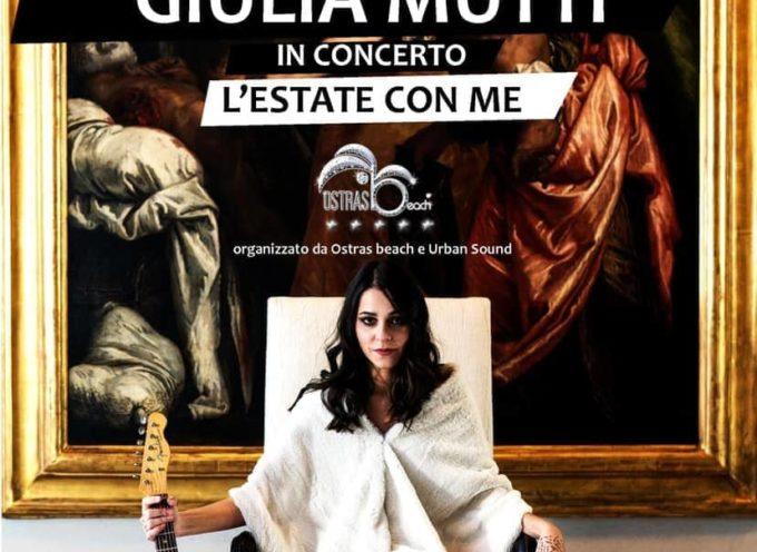Arriva Giulia Mutti in concerto all´Ostras Beach di Marina di Pietrasanta – Un concentrato versiliese di grinta e genialità