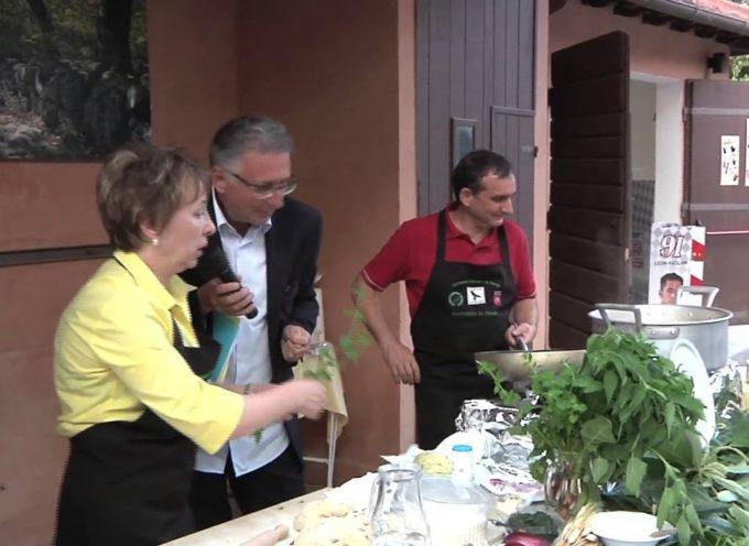 Il ristorante La Ceragetta di Capanne di Careggine in Versiliana