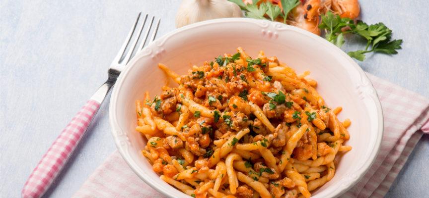 Il ragù di pesce in 11 ricette golose per condire ogni tipo di pasta