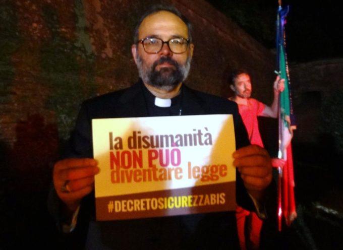 PIAZZA AL SERCHIO – Solidarietà all'Arcivescovo Paolo Giulietti