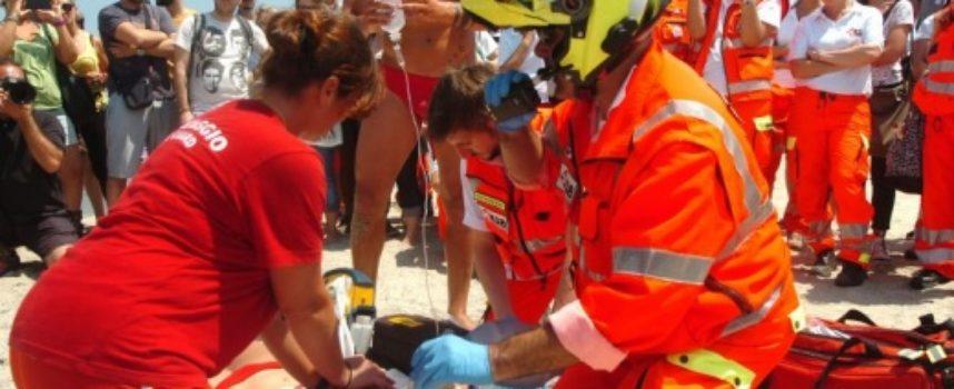 defibrillatore e primo soccorso, un corso a Pietrasanta