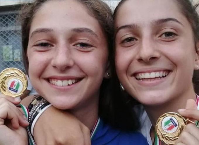 due atlete seravezzine medaglia d'oro di orienteering nel Trofeo nazionale giovanile Coni Kinder+Sport