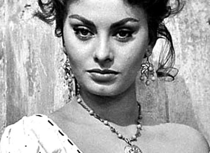 Il 20 settembre 1934 nasceva a Roma Sofia Scicolone. Diventerà Sophia Loren,