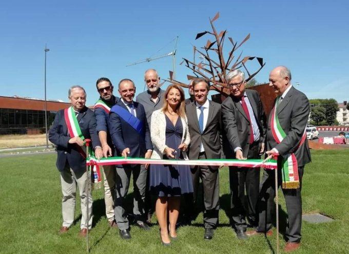 Oltre le Radici, il monumento all'emigrazione storica della Lucchesia,
