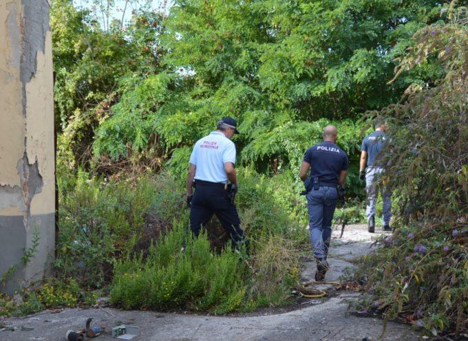 Viareggio – Blitz della Squadra Antidegrado della Polizia alla Ex Salov