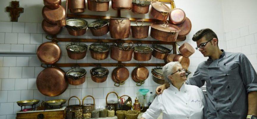 La buona cucina mantiene giovani: tutti pronti per i trent'anni di Osterie d'Italia