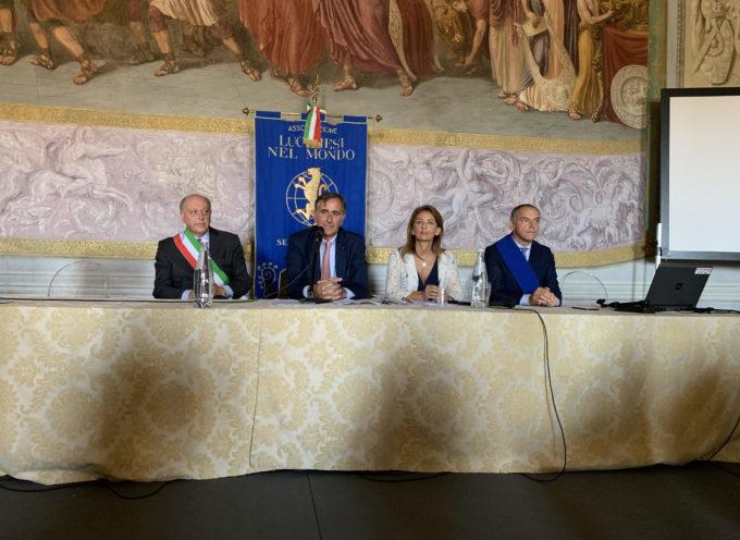 """Cerimonia di Premiazione """"Lucchesi che si sono distinti all'estero"""" Anno 2019"""