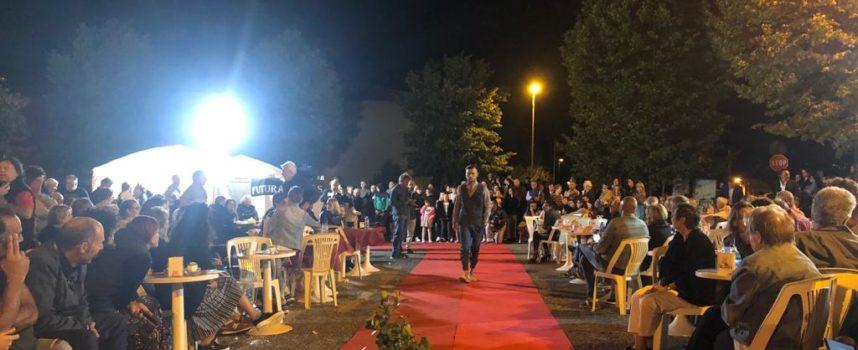 MASSAROSA – Successo per la sfilata di moda in piazza