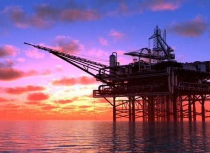 Balzo violento del petrolio: produzione dimezzata, rischio prezzi alle stelle