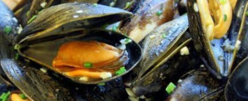 """""""Nelle cozze biotossine oltre i limiti ad alta pericolosità per la salute umana"""": stop alla vendita di cinque lotti di Mitili e Tris di mare dell'azienda MARINSIEME M.GI.B."""