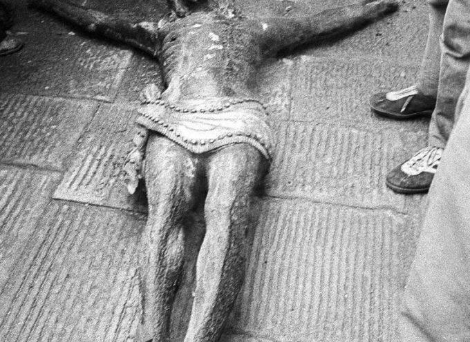 CASTELNUOVO: LE FOTO E IL RICORDO DELL'INCENDIO DEL DUOMO