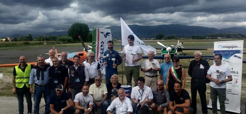 CAPANNORI – Festa dell'Aria:i vincitori del Campionato di acrobazia aerea a motore