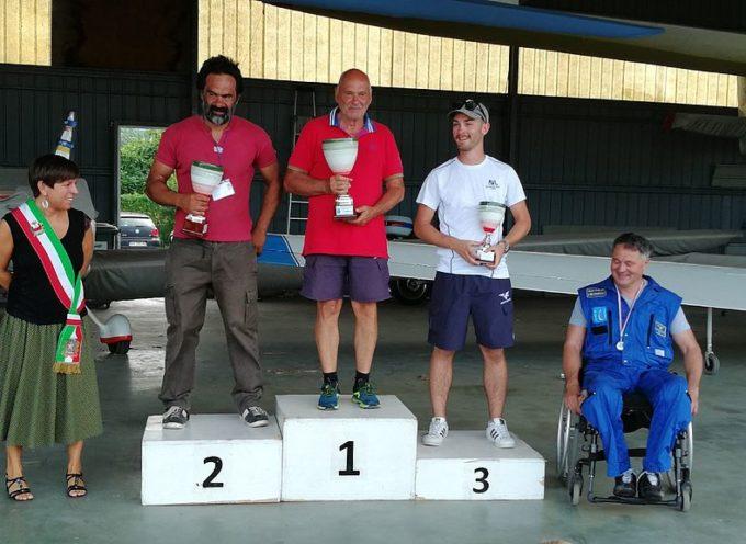 """Festa dell'Aria"""": Pietro Filippini vince il Campionato italiano di acrobazia in aliante"""