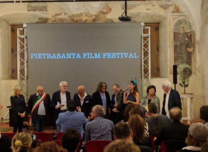 TANTI APPLAUSI PER IL PIETRASANTA FILM FESTIVAL, PREMIATI OTTO CORTI INTERNAZIONALI
