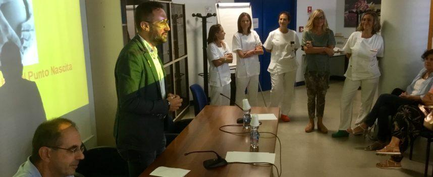 """Versilia: presentato """"Mi preparo e… parto"""", il nuovo percorso di orientamento ed accoglienza alle partorienti gestito dalle ostetriche"""