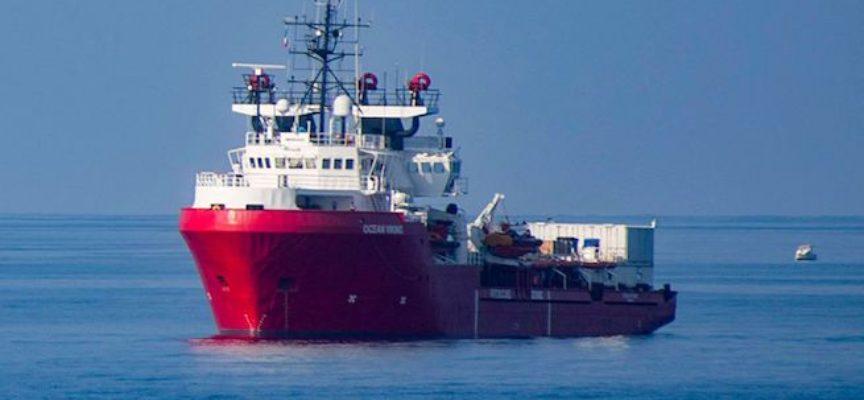 Migranti, Guardia costiera italiana salva 90 persone, Malta nega il trasbordo. Ocean Viking ne salva altre 48