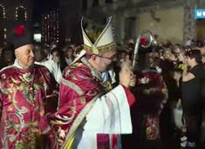 Luminara della svolta, la prima volta del vescovo Paolo Giulietti