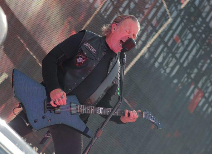 METALLICA: James Hetfield ricoverato per disintossicarsi