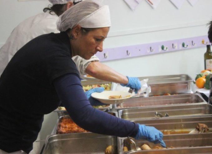 Halloween è servito a tavola, pizza e gelato per i bambini scuole Pietrasanta