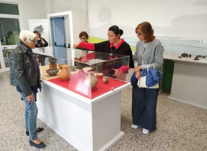 """In biblioteca la mostra """"Viaggio nel tempo, la vita domestica dagli Etruschi ai Romani"""""""