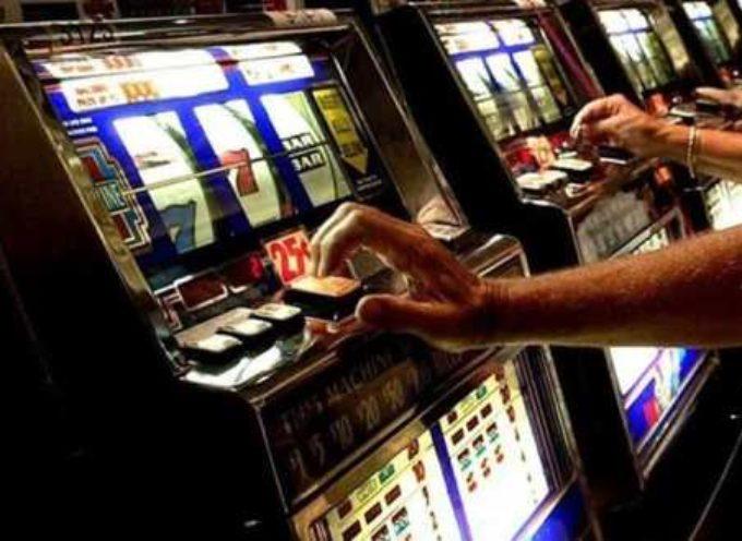 Manovra 2020, nuova stangata per fumatori (anche di e-cig) e gioco d'azzardo